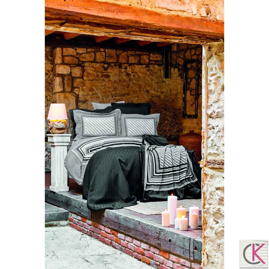 Karaca Home Solita Siyah Saten Wınter Set