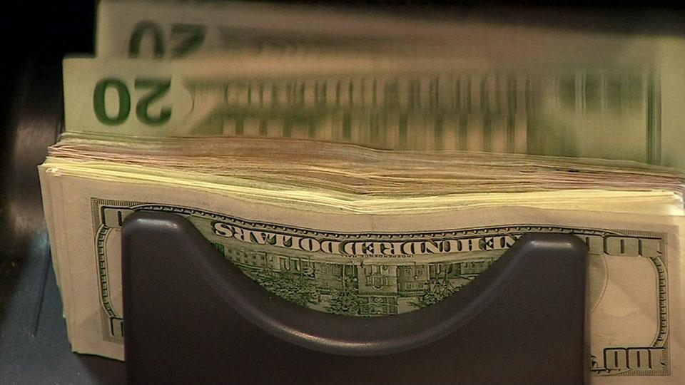 Dış ticaret açığı Ağustos'ta yüzde 57,95 azaldı