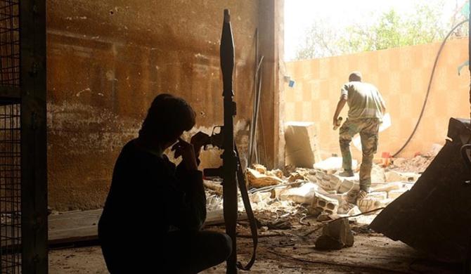 Suriyeli askeri muhaliflerden füze saldırısı