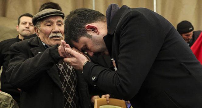 Bakan Kurum'u duygulandıran şehit babası