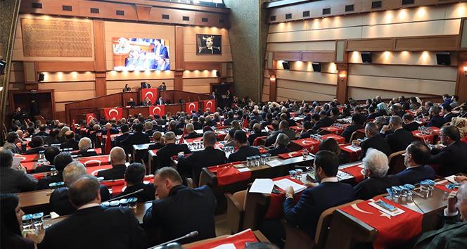 İBB Meclisinde hareketli dakikalar yaşandı